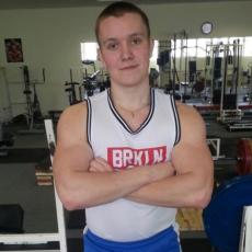 Загорский Никита  т. +7 961 022 07 53  <p><strong>Загорский Никита</strong></p> <p>т. +7 961 022 07 53</p> <p>КМС по народному жиму , обладатель национального рекорда утвержденный федерацией спорта России , первый взрослый по жиму лежа , призер многочисленных клубных соревнований по жиму лежа</p> <p></p> <p></p>